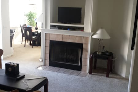 "All Inclusive ""Cumberland Crossings"" One bedroom - Cumberland"