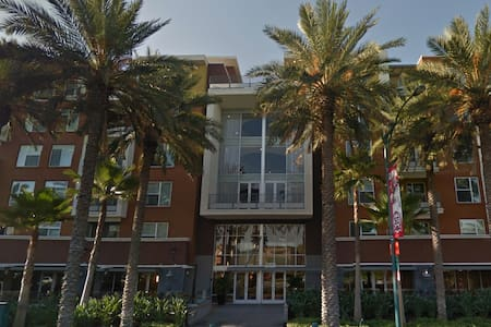 Center of everything in Anaheim! - Anaheim - Apartment