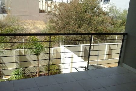 Love self catering- Private room - Windhoek - Apartment