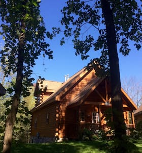 Deluxe log cabin on Double JJ Ranch - Rothbury