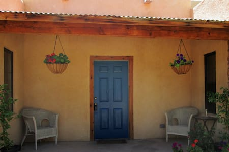 Private Rooms/Bath in Old Mesilla - Casa