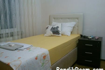 Single Room 5 min from the airport! (SAW) - Pendik - Apartment