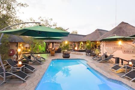 African Rock Lodge - Bed & Breakfast