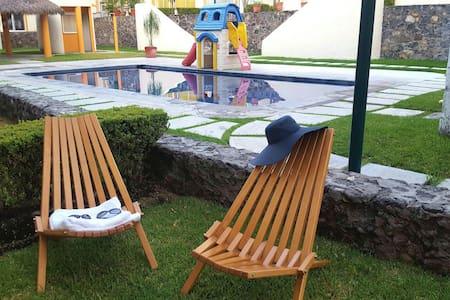 CASA de descanso con alberca en Xochitepec - Xochitepec  - Maison