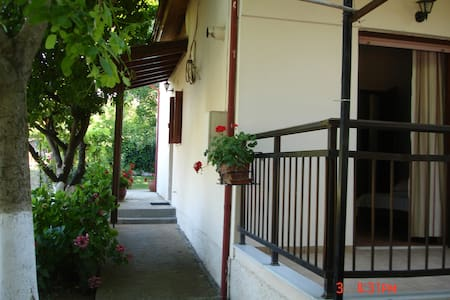country house Platamon - Apartment