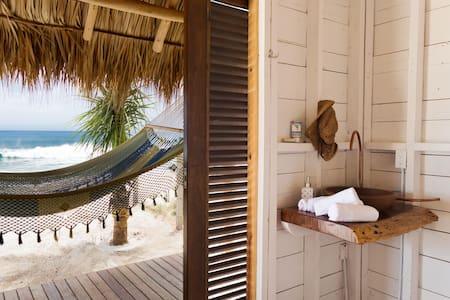 SUYO, Beach Cabaña #2, Playa Popoyo - Jiné