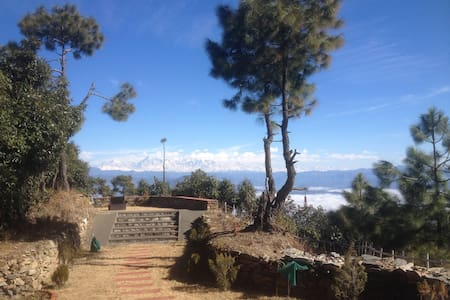Clifftop lodge Almora Dist Himalaya - Ev