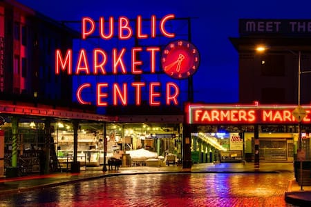 PERFECT downtown Seattle location!