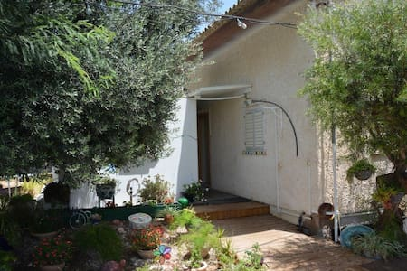 doubleroom  in Moshav - Bed & Breakfast