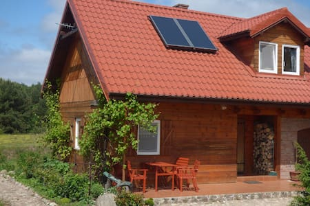 Mazury lakes - wooden house - Maison