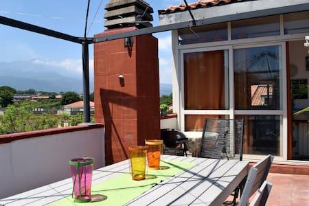 Licht app. mit Terrasse mit Ätna-sicht - 阿奇雷亚莱