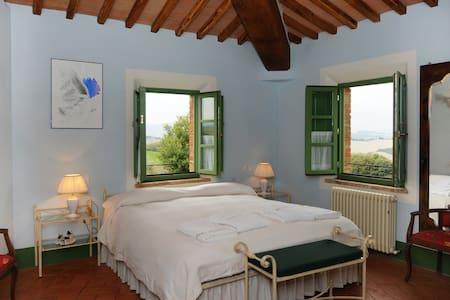 Romantica camera in Toscana