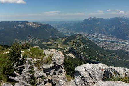 95m2  en montagne, Vercors, proche Grenoble - Talo