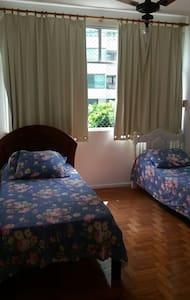 Próximo praia Porto da Barra, Farol - Apartamento