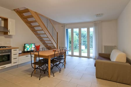 House 300 Metres from the Beach (3) - Lido - Hus