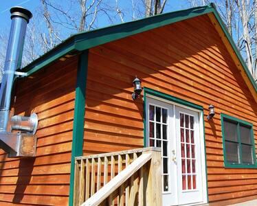 Revelles River Retreat - The Moose - Cabin