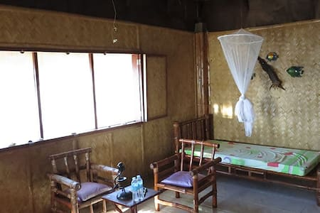 Paradise Cottage with Sea View - Busuanga