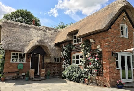Luxurious Period Cottage sleeps 7 - Hampshire - House