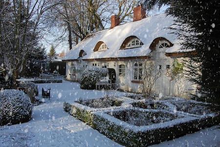 weihnachtliches Landhaus für 10 - Kluis - House