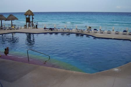 Shared Luxury Ocean Front Townhouse - Cancún - Townhouse
