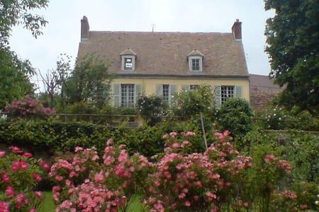 Très belle maison de charme - Hus