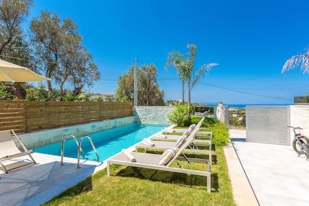 Villa Hera, mythical aura! Heated pool! - Kirianna - Vila