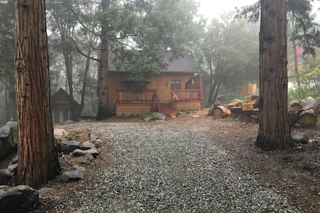 The Hen House - Idyllwild-Pine Cove - Cabin