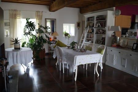 Maison du 12 ème siècle restaurée - Talo