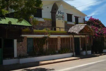 Descubre Bahía de las Águilas, descubre Pedernales - Townhouse