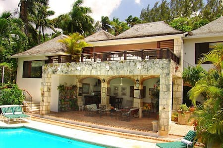 Ideal for Couples & Families, Cook & Housekeepers, Swimming Pool, Resort Amenities - Montego Bay