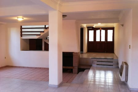 Room type: Entire home/apt Property type: House Accommodates: 16+ Bedrooms: 5 Bathrooms: 4.5