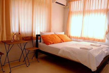Ten minutes' walk from the airport - Bangkok - Wohnung