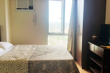 Homey studio unit in Cebu IT Park - Cebu City - Condominium