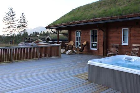 High stand. cabin - ski/alpine/hiking/biking/golf - Blockhütte