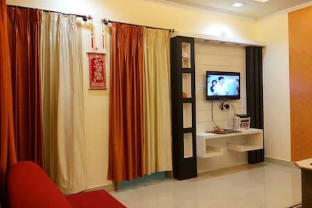 Family suite Room Near Puri Beach - Lakás