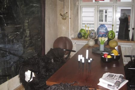 Dejlig lejlighed tæt på Banegården - Appartamento