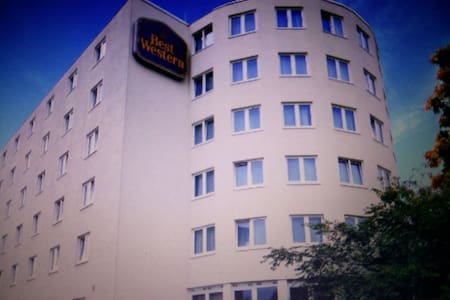 Comfort Hotel Room in S-Filderstadt - Bed & Breakfast