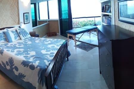 Oceanfront Luxury Condominium - Waialua - Condominio