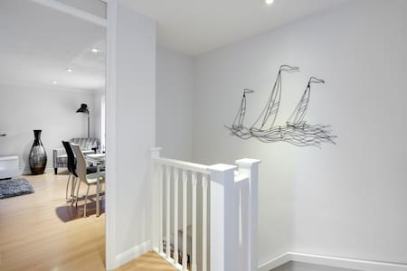 The Hive by Gunwharf Quays, Portsmouth - Portsmouth - Apartamento
