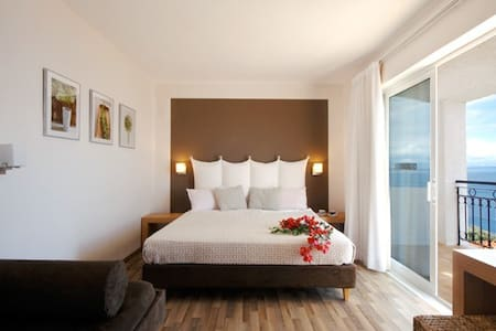 Luxury Room (sea view & halfboard) - Korfu