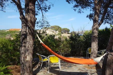 Spazioso monolocale indipendente - Villaggio Piras - Lejlighed