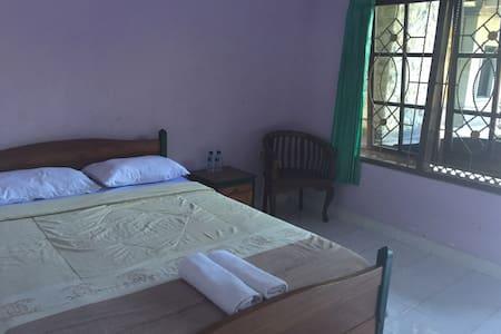 Available room - Kuta - Appartamento