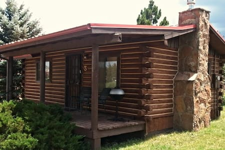 Cabin on banks of the Little Colorado  River - Cabane
