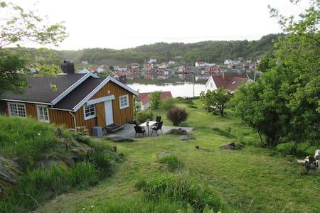 Rosnes på Skjernøy ved Mandal - Mandal