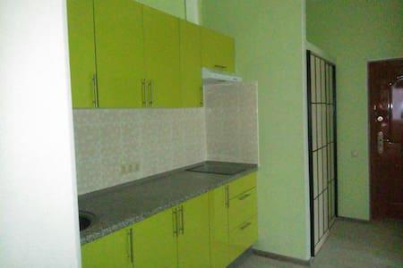 Квартира 3 км от МКАД. Лес, охрана - Appartement