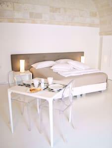 Camera FATATA - Massafra - Bed & Breakfast