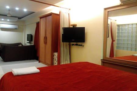 Suite Room ( Hotel in Bandra West ) - Bombay