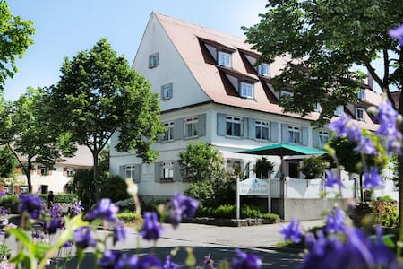 HOTEL GARNI AM ZEHNTSTADL - Ulm - Bed & Breakfast