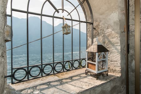 Amazing place on the lake of Como - Nesso - Casa