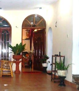 Daffon Villa Guest House - Vila